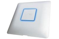 De Ubiquiti UniFi AC Managed Dual Band Access Point ondersteunt 802.11ac-protocol en is in staat om 1300Mbps snelheden te leveren en verbindingen van maximaal 125 m.