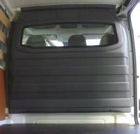 Trennwand mit Fenster für Citroen Jumpy, Bj. 2007-2016, aus ABS-Kunststoff stoffbezogen
