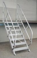 Aluminium-Treppe 45° 13Stufen