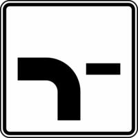 Modellbeispiel: VZ Nr. 1002-13, (Verlauf der Vorfahrtstraße)