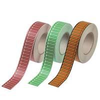 Modellbeispiele: Fließrichtungspfeilbänder für Rohrleitungen, v.l.: Art. 29.3372-2, 29.3372-1 und 29.3372-4