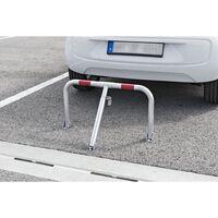 Parkovací oblúk s červeným reflexným pásom